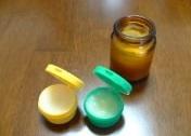 蜜蝋クリームを塗って革バッグのにおい悩み対策