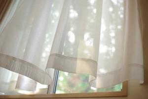 カーテンの消臭方法